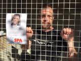 Rémi Gaillard se mobilise pour les chiens et les chats de la SPA